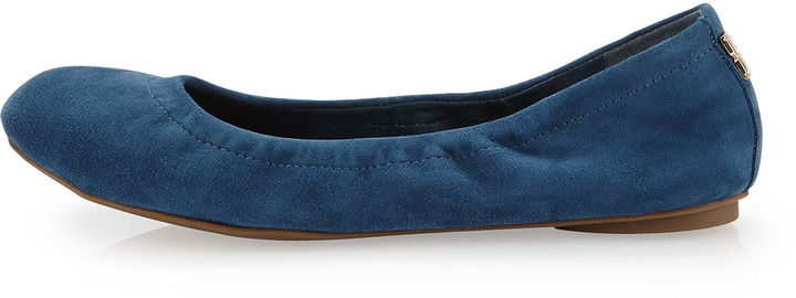 BCBGMAXAZRIA Molly Suede Flat, Parisian Blue