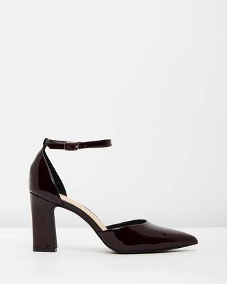 Atmos & Here ICONIC EXCLUSIVE - Daisy Leather Pumps