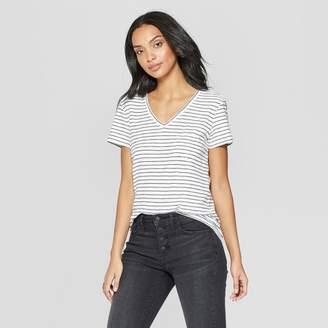 4dd3b07b9c9938 Universal Thread Women's Striped Relaxed Fit Short Sleeve V-Neck Monterey  Pocket T-Shirt