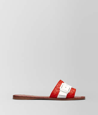 Bottega Veneta RAVELLO SANDAL IN INTRECCIATO NAPPA AND PATENT LEATHER