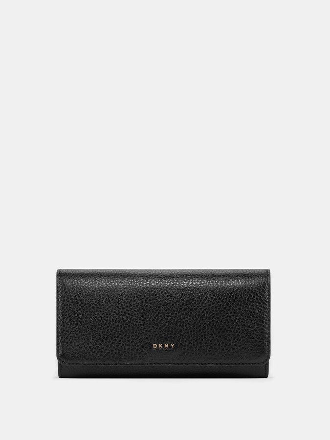 DKNYLarge Chelsea Vintage Carryall Wallet