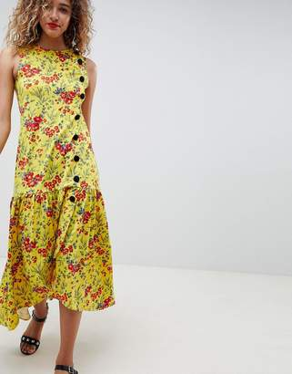 Asos Design DESIGN Maxi Tea Dress With Dropped Hem And Contrast Buttons In Floral Print