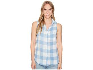True Grit Dylan by Chambray Buffalo Plaid Sleeveless One-Pocket Shirt Women's Sleeveless