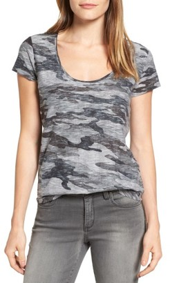 Women's Two By Vince Camuto Subtle Camo Tee $49 thestylecure.com