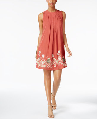 Cable & Gauge Cupio Embroidered Shift Dress $90 thestylecure.com