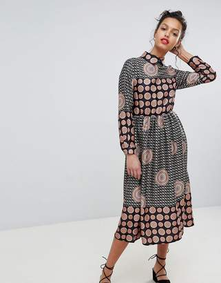Yumi Long Sleeve Belted Maxi Dress
