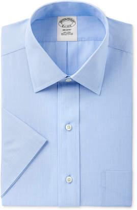 Brooks Brothers Men's Regent Classic/Regular Fit Non-Iron Short Sleeve Light Blue Solid Dress Shirt