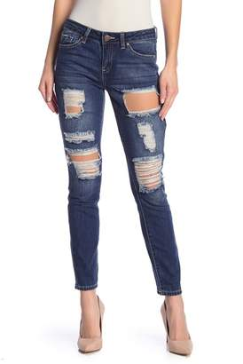 YMI Jeanswear Outerwear Mid-Rise Distressed Skinny Jeans