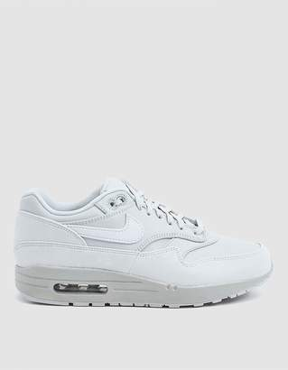 Nike 1 LX Sneaker in Pure Platinum