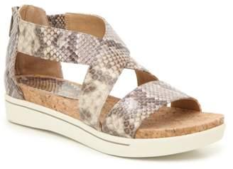 Adrienne Vittadini Cheers Platform Sandal