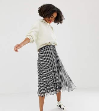 Glamorous pleated midi skirt in pleated gingham