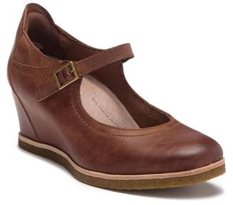 Earth Boden Leather Mary Jane Wedge