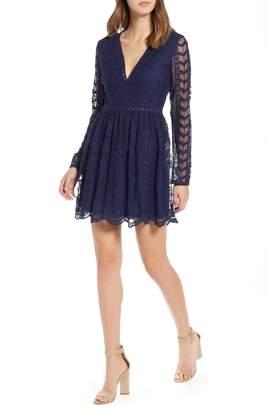 Socialite Long Sleeve V-Neck Lace Dress