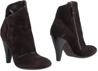 Elisanero Ankle boots - Item 11419982QA