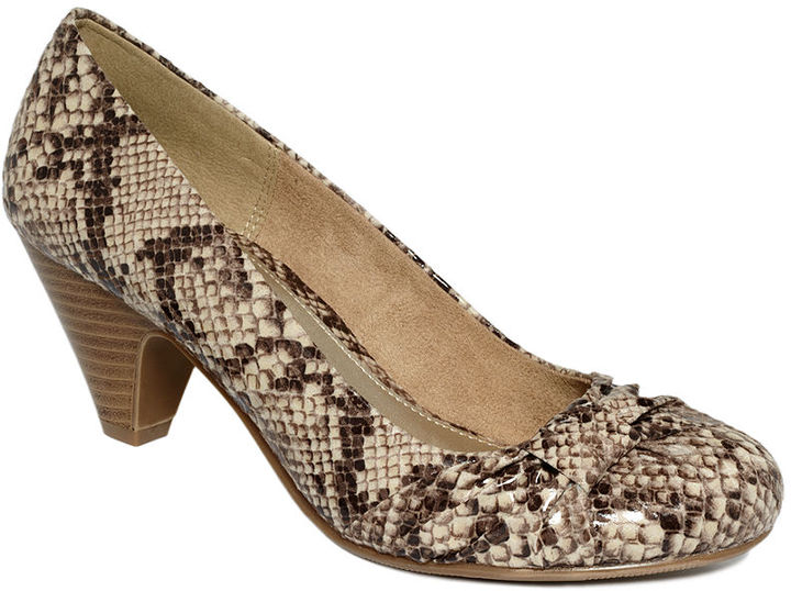 Chinese Laundry CL by Laundry Sonnet Pumps