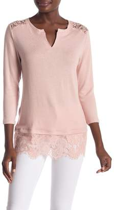 Democracy 3\u002F4 Sleeve Lace Paneled Blouse