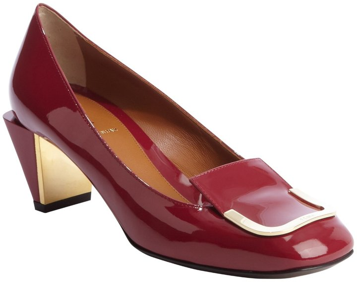 Fendi Carmine Red Patent Leather Gold Buckle Tipped Pumps