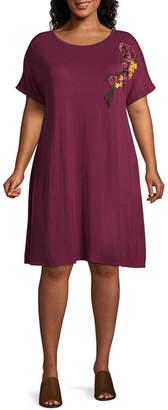 Boutique + + Floral Embroidered T-Shirt Dress - Plus