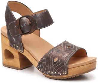 Dansko Odele Platform Sandal - Women's