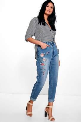 boohoo High Waist Embroidered Mom Jeans