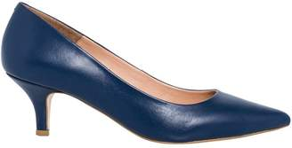 Le Château Women's Chic Leather Pointy Toe Pump