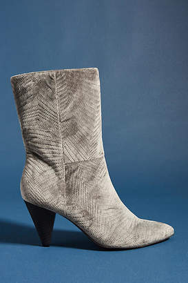 Faryl Robin Constance Boots