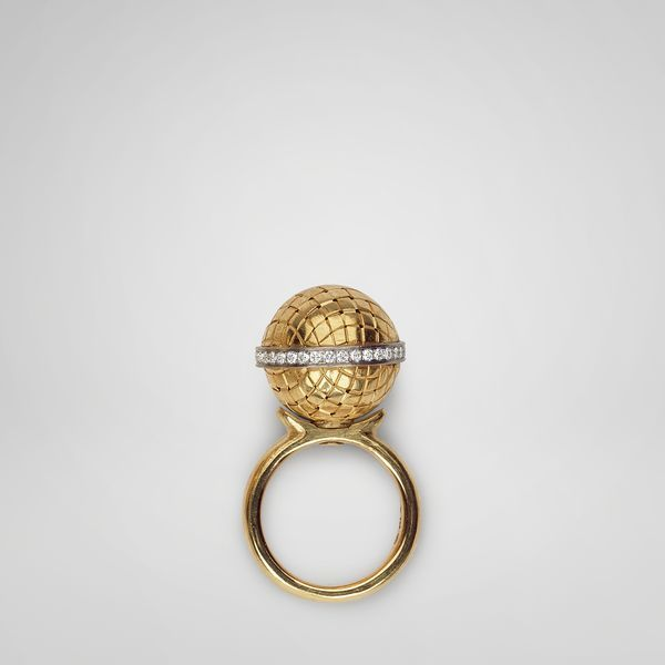Gold diamond sfera ring