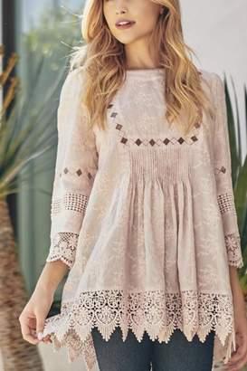 Lapis White Lace Shirt