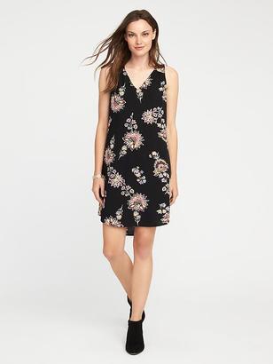 Sleeveless Cutout-Back Shift Dress for Women $29.94 thestylecure.com