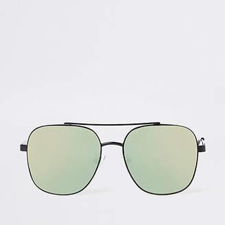 River Island Womens Black mirror lens aviator sunglasses 827aeb1f77