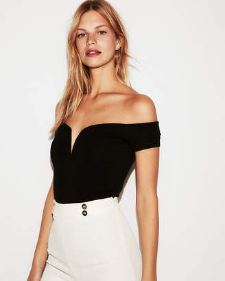 Express Fitted Sweetheart Off Shoulder Top