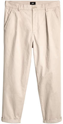 H&M Pleat-front Chinos Relaxed fit - Beige