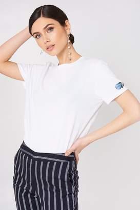 NA-KD Na Kd Rose Sleeve Embroidery Tee Black