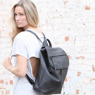 Aura Que Fairtrade Leather Versatile Stylish Rucksack Backpack