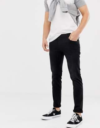 Solid slim fit jean washed black