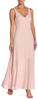 Line & Dot Inez V-Neck Maxi Dress