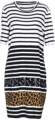 Marc Cain Knee-length dresses