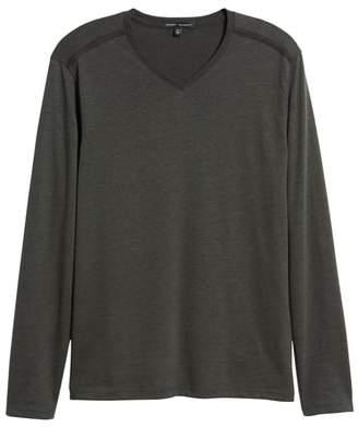 Robert Barakett Flatrock Regular Fit V-Neck T-Shirt