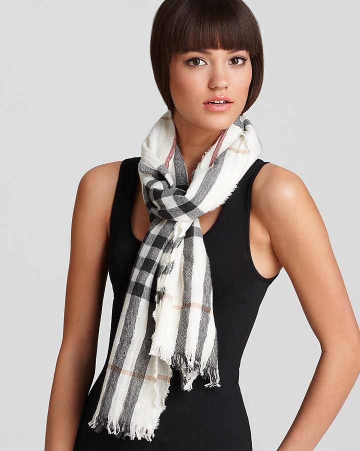 """Burberry Giant Check Crinkle Scarf, 17.7"""" X 78.7"""""""