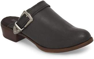 Minnetonka Billie Buckled Clog