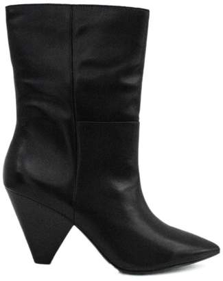 Ash Ankle Boot In Black Leather.