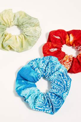 Ride The Waves Scrunchie