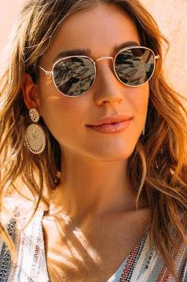 francesca's Taylor Small Round Sunglasses - Gold