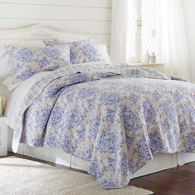 Pacific Coast Textiles Girona Reversible Full/Queen Quilt Set in Lavender