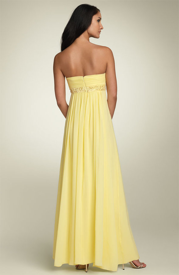 BCBGMAXAZRIA Strapless Chiffon Gown with Beaded Waist (Petite)