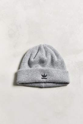 adidas Metal Badge Beanie