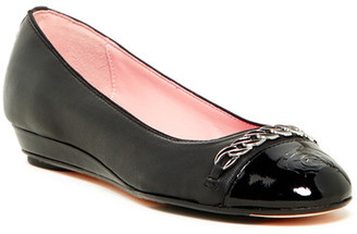 Taryn Rose Paola Wedge Pump $250 thestylecure.com