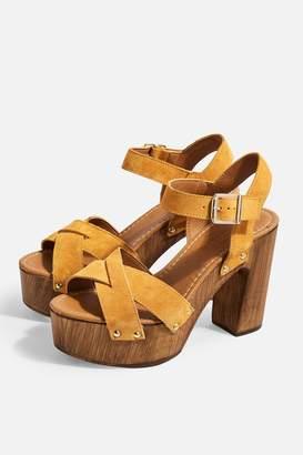 Topshop VANESSA Mustard High Clog Sandals