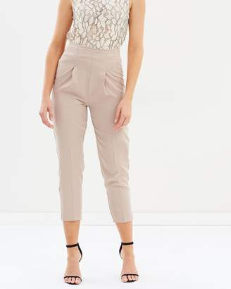 Mng Pleat Detail Trousers
