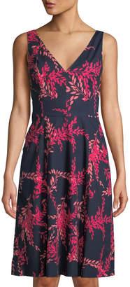 Oscar de la Renta Sleeveless Leaf-Print A-Line Dress